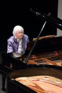 Rita Warton