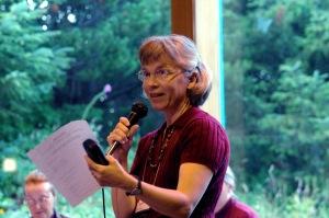Sarah announcing recorders 2007